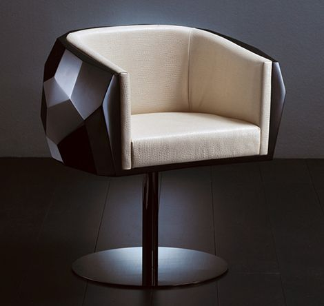 Crystal – futuristic chair from Fendi Casa