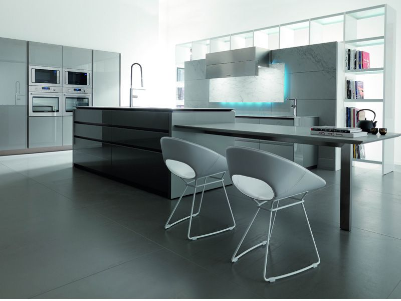 Essential Wind – futuristic kitchen design by Toncelli