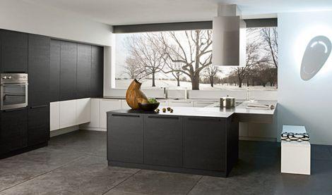 Modern Italian Kitchen in Black by Futura Cucine