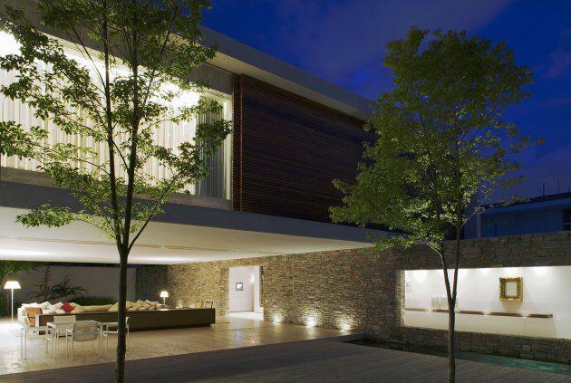 Casa Mirindaba – Luxury House by Marcio Kogan