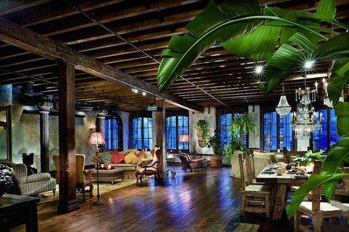 Gerard Butler`s Home in Manhattan, New York