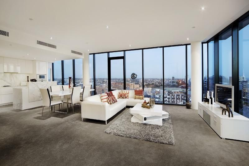 Luxury Penthouse with White Furniture in Mellbourne