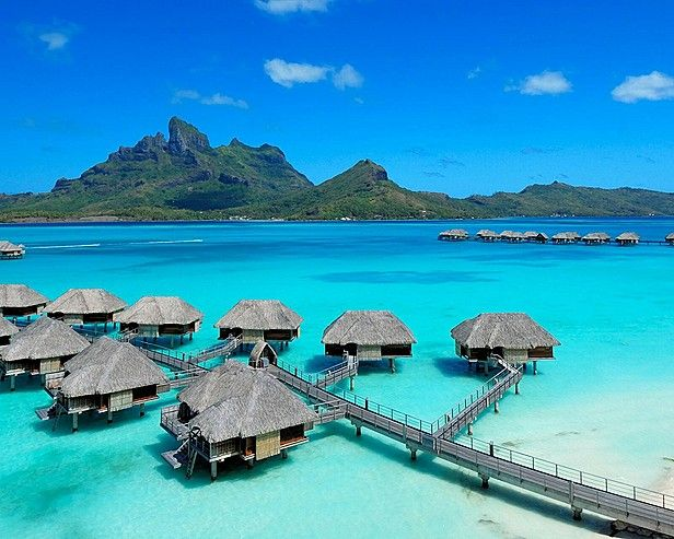 Four Seasons in Bora Bora – Amazing Luxury Resort