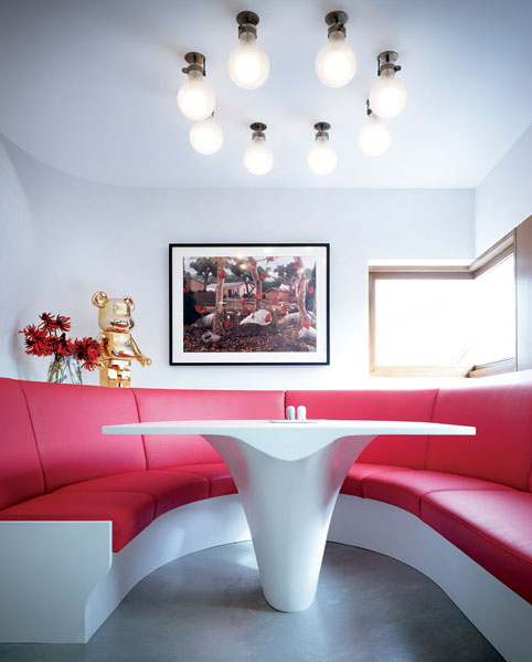 Bloom House - Modern Interior and Colorful Furniture 4