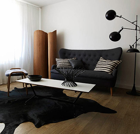 Stylish minimalist Black and White Apartment by Isle Crawford 3