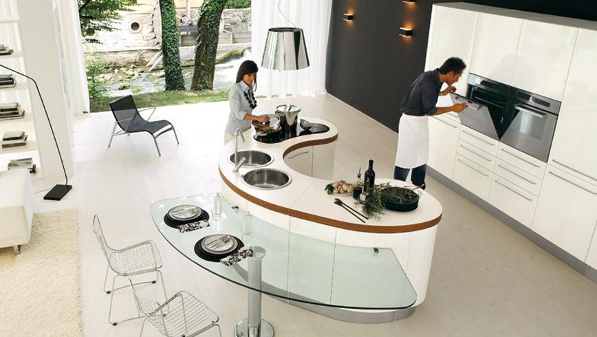 Извити форми за кухня от Record Cucine