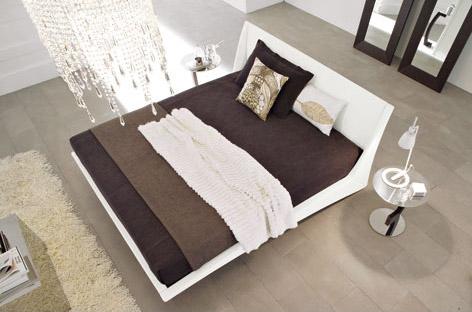 Dylan floating bed