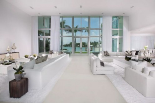 House in Miami - Interior Design in White 4