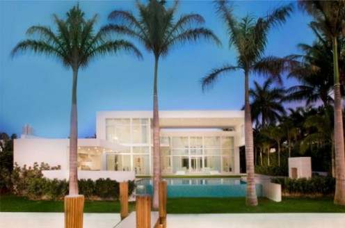 House in Miami - Interior Design in White