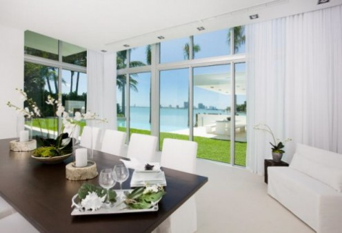 House in Miami - Interior Design in White 6