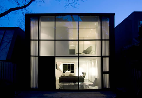 House in Toronto at Minimalist Style 2
