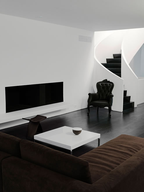 House in Toronto at Minimalist Style 3