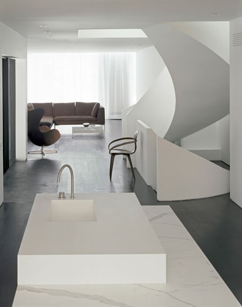 House in Toronto at Minimalist Style 6