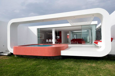 House on The Palabritas Beach by Jose Orrego
