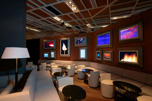 Nisha bar and restaurant interior by pascal arquitectos best home news ll about interior for Decoration lounge bar nimes