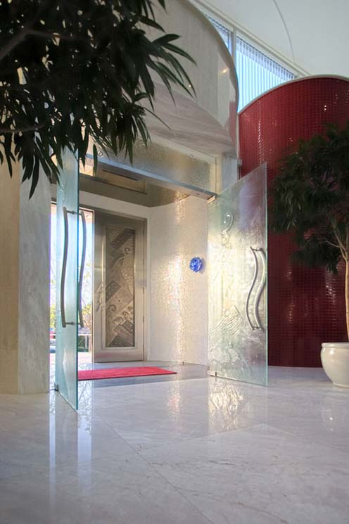 lMi Sueno - Contemporary Architectural Masterpiece-entry-door