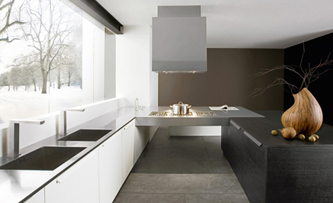 Modern Italian Kitchen in Black by Futura Cucine 4