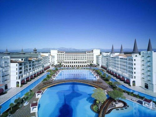 mardan-palace-hotel-in-antalya