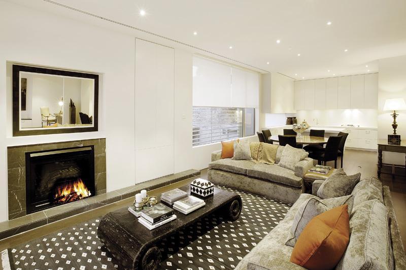 Gorgeous ultra modern apartment by robert mills best for Ultra modern apartment