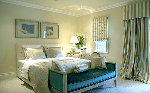 Spectacular beach residence in a mediterranean style for Mediterranean style bedroom furniture