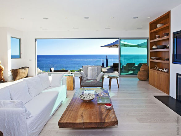 Modern beach villa in malibu california best home news for Beach house design furniture
