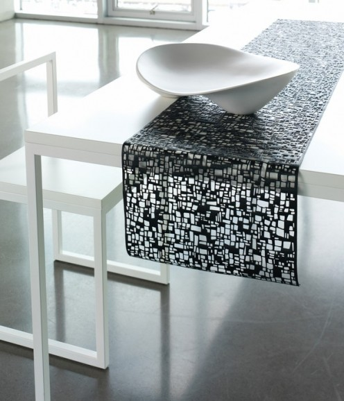 Spring/Summer 2010 Tabletop Collection by Chilewich - Table Cubic BLK
