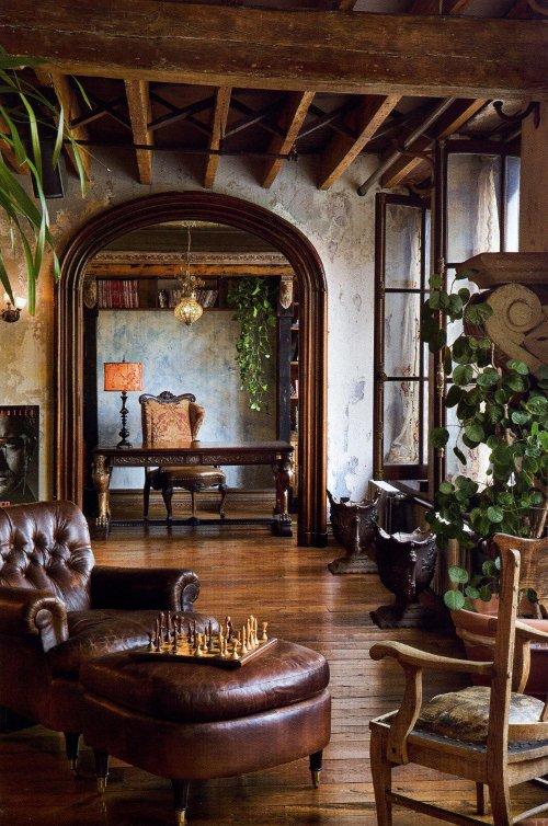 Gerard Butler`s Home in Manhattan, New York