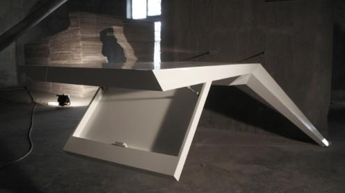 E.L.A - Amazing Futuristic Desk by Jovo Bozhinovski